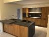 Foto-aangebracht-betonlook-aanrechtblad-en-achterwand-keuken-in-elke-kleur-te-verkrijgen.